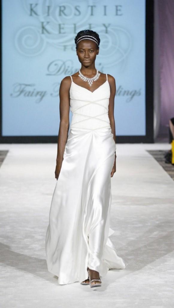 Princess Tiana wedding gown