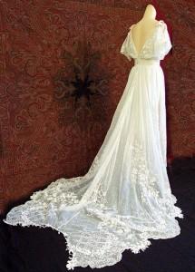 Antique wedding gown, on Her Wedding Planner.