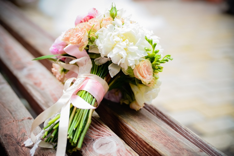 Wedding flowers tips