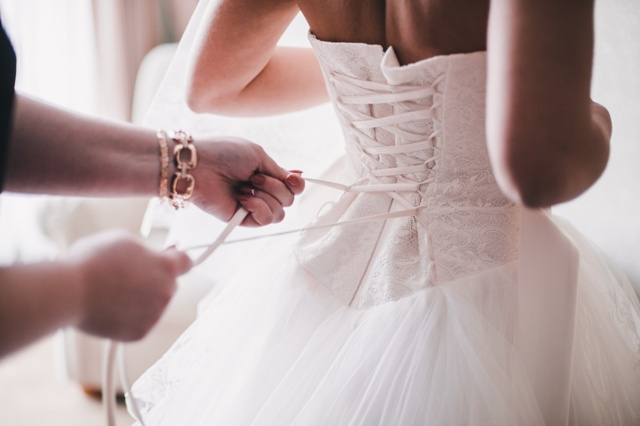 The wedding dress – traditions and superstitions 1