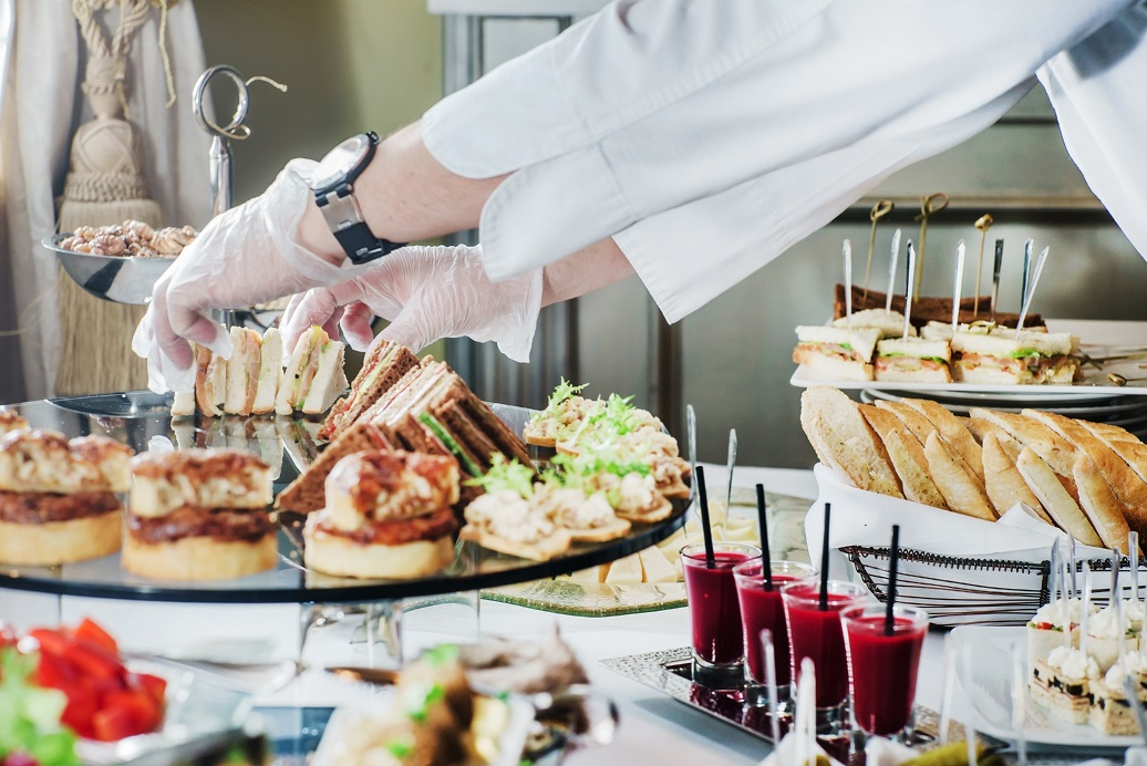 7 questions to ask your wedding caterer