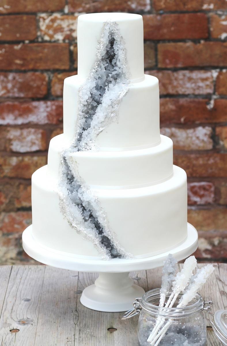 The new wedding cake mania – Geode Wedding Cakes! | Cornwall Wedding ...