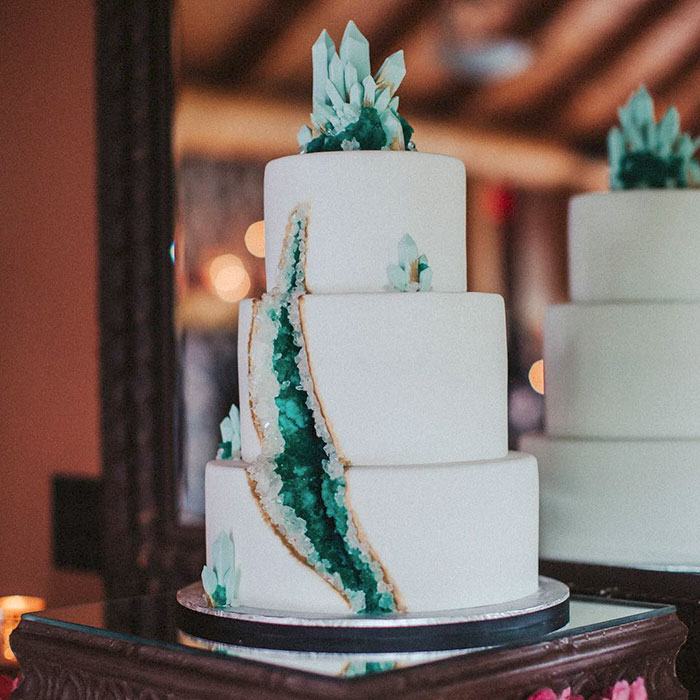 geode wedding cake 9